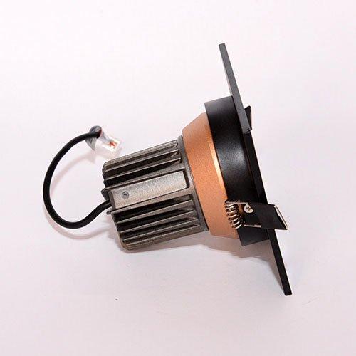 Точечный светодиодный светильник врезной Prima Luce 469-3 12W